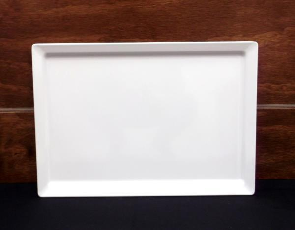 Where to find TRAY, MELAMINE 14 X20  - WHITE in Kamloops